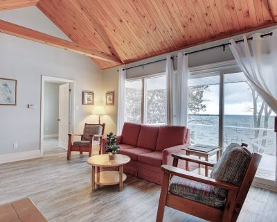 Newly renovated waterfront cottage - Sutton