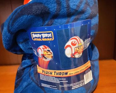 Star Wars Angry Birds Plush Throw Blanket-BRAND NEW-CROSSPOSTED