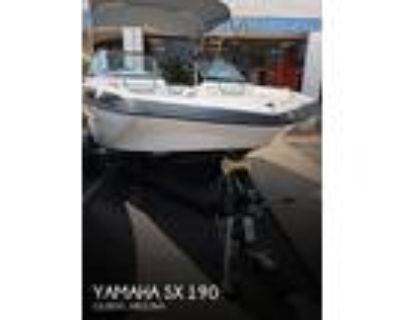 19 foot Yamaha Sx 190