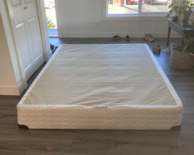 Queen Box spring and rails
