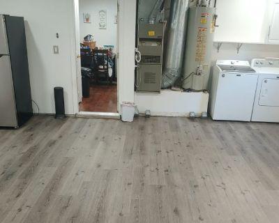 Shared room with shared bathroom - Turlock , CA 95380