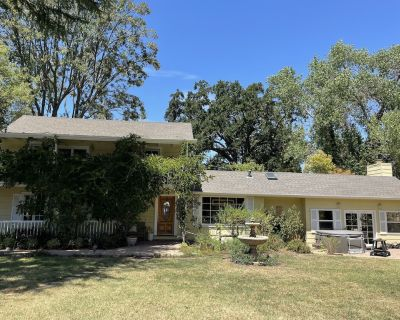 Gated Family Home Furnished - Alamo