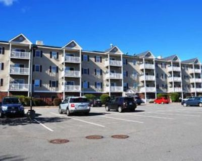 18 Harbor Ave, Nashua, NH 03060 2 Bedroom Condo