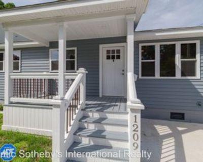 1209 Oak Park Ave, Norfolk, VA 23503 4 Bedroom House