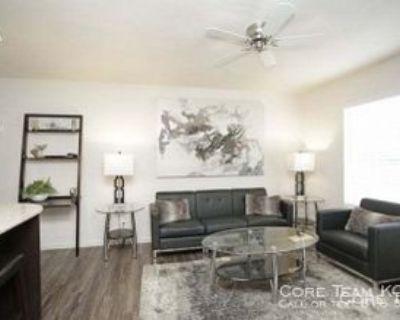 4551 W 107th St #1B, Overland Park, KS 66207 1 Bedroom Apartment
