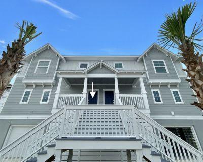 4 bedroom/4 bathroom villa/townhouse sleeps 12 and has its own Golf Cart - Perdido Key