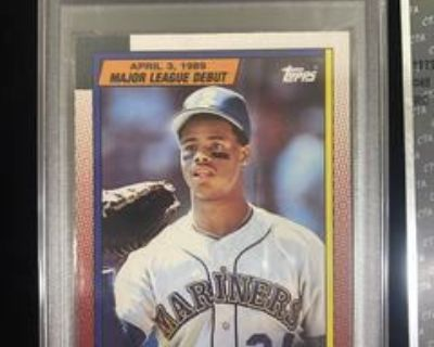 Sports Card And Collectibles Auction