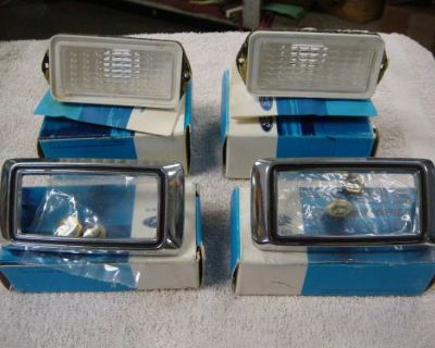 1969 Ford Mustang Side Marker Lens And Bezels.nos C9az 15a440a C9dz-15a215c