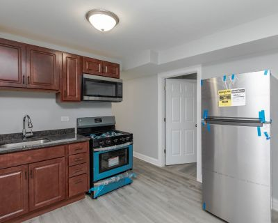 Fully Renovated 2bed/1ba in Cicero! Central Heat - Stainless Steel Appliances - Hdwd FL - Aug. 1st