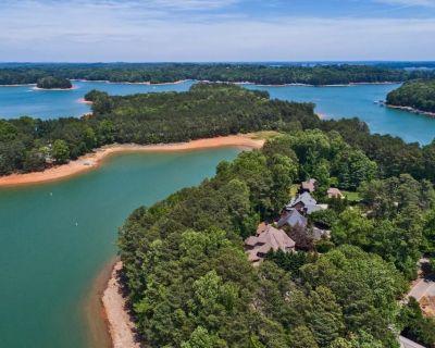Beautiful Lake Home, Private 2 story dock - Cumming