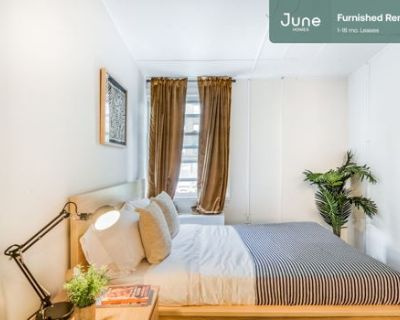 #226 Private Full Room in Woodley Park 5-bed / 2.0-bath apartment