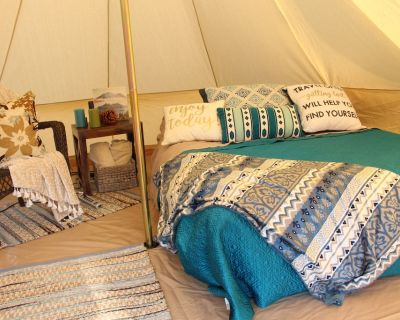 Distanced Glamping with Privacy and Stunning Views - Desert Hot Springs