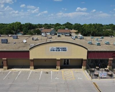 Kellogg Crossing Retail Space