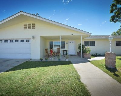 Safe And Cozy Home in Bakersfield