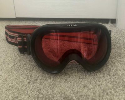 Bolle snowboard goggles kids
