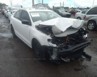 Salvage White 2011 Volkswagen Jetta Sedan
