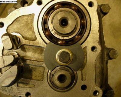 Main Shaft Bearing Retainer Plate