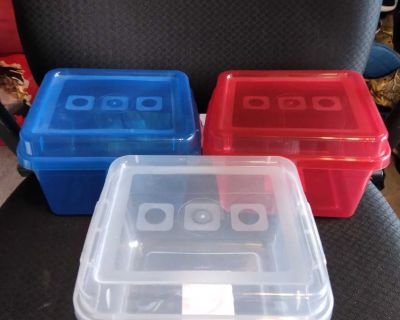 3 STORAGE CONTAINERS W/LIDS