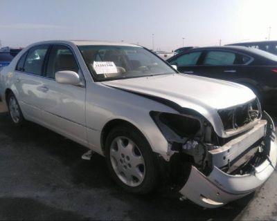 Salvage White 2005 Lexus Ls 430