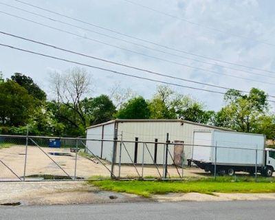 Former Appliance Parts Co. Warehouse/Yard