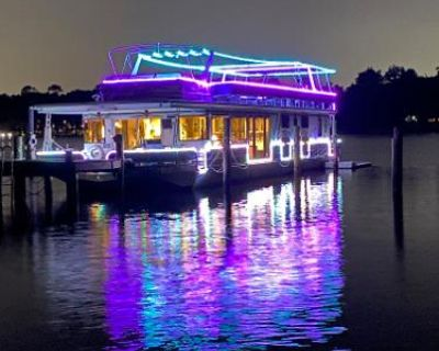 1998 Sumerset 17ft Widebody Luxury Houseboat