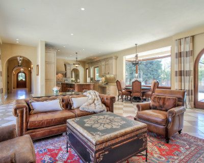 Indoor Private Luxury Home Retreat - 2 miles from Stanford, Atherton, CA