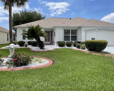 GOLF CART UPDATED HOUSE WITH LARGE LANAI, BBQ GRILL - The Villages