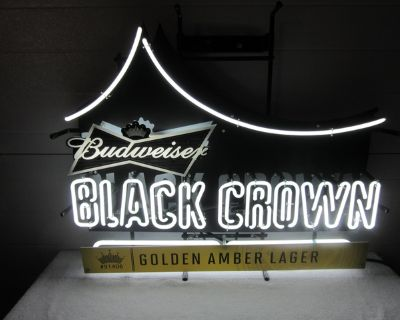 PRICE REDUCED!!!!!! Budweiser Black Crown Lighted Neon Sign