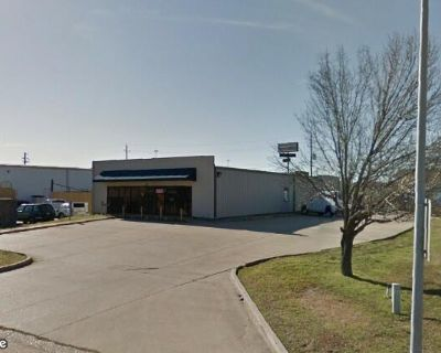 Light Industrial Warehouse/Office For Sale