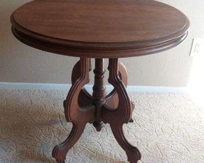 Victorian oval table