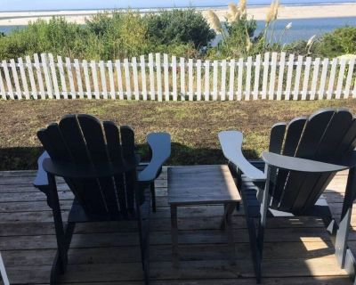 Ocean view suite, private entrance, bikes, patio - Seaside