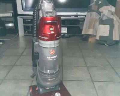 Hoover High Performance Upright Vacuum Cleaner with Filter Made with HEPA Media,