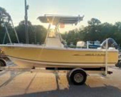 2012 Sea Hunt 202 Triton