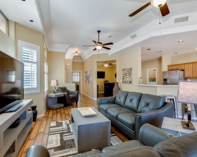 Luxury Condo, Single Level, 2 Master Bedrooms, Gated Community - Red Mountain Ranch