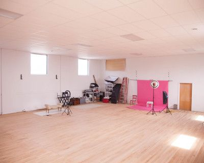Large Wide Open Schenectady Space, Schenectady, NY