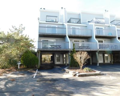 Dog Friendly. End Unit-one From Beach. State Park 32ih - Bethany Beach