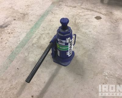 Westward Hydraulic Bottle Jack
