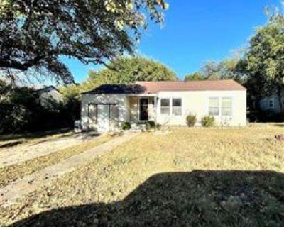 3725 Desert Ridge Dr, Fort Worth, TX 76116 3 Bedroom House