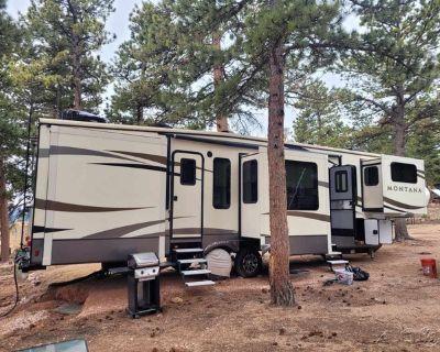 2017 Keystone Montana 3710FL 3710FL