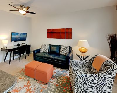 Belltown Court | Private Balcony, Workspace | Indoor Pool, Hot Tub & Gym - Belltown