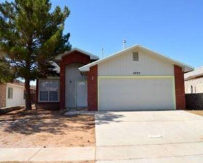 12135 Royal Woods Dr, El Paso, TX 79936 3 Bedroom Apartment