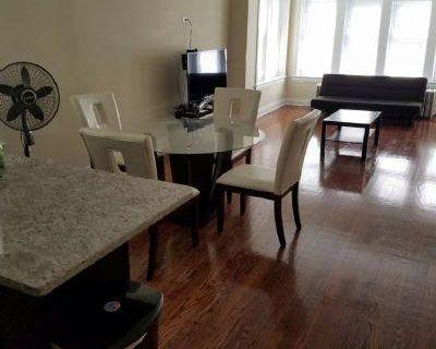 Kildare Cook, IL 60630 3 Bedroom Apartment Rental