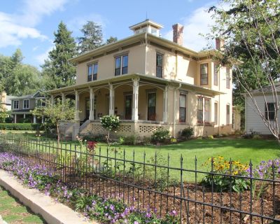 Fully Restored Historic Boulder Landmark Home - Downtown Boulder - Lower Arapahoe