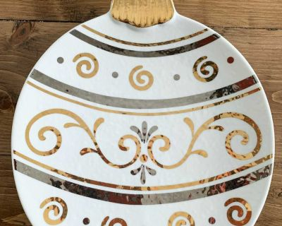 Silver and gold Christmas ornament plate