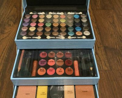 Makeup Box (Never used)