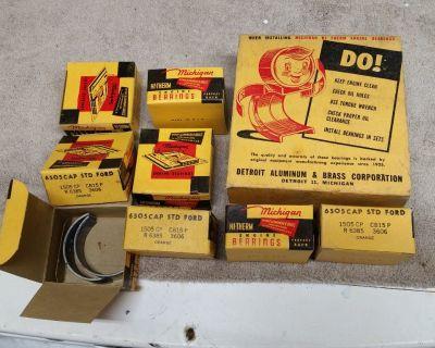 NOS MICHIGAN ENGINE BEARINGS FORD BEARING SET 6505 STD 1505 CP CB15 R 6385