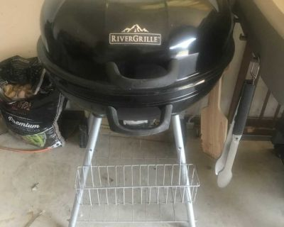 RiverGrille Charcoal Grill