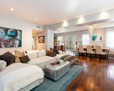 Silver Triangle Luxury | Home Office & Home Gym | Walk to Beach & Dining - Venice