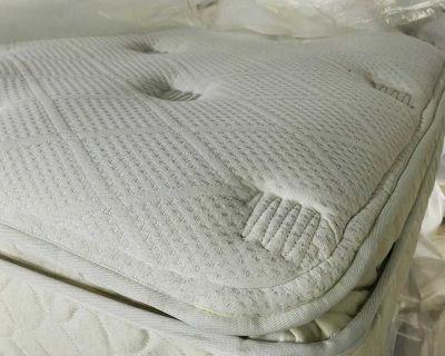 Full size mattress sealy pillowtop