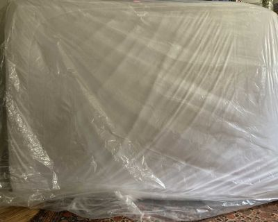 Casper Mattress w/ Metal Bed Frame For Sale